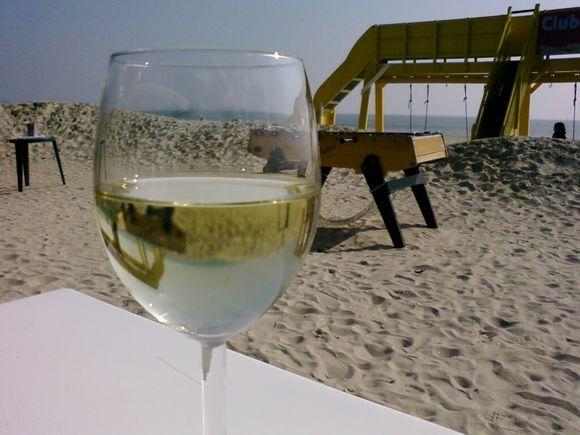 Déjeuner sur la plage à La Baule.