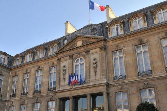 03467898-photo-le-palais-de-l-elysee.jpg